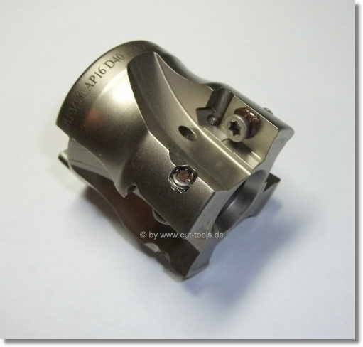 Shoulder milling cutter for inserts APKT 1604